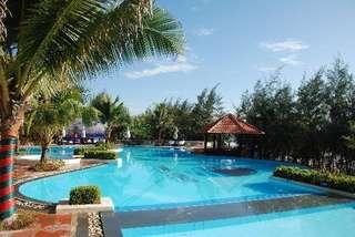 отель Golden Coast Resort & Spa 4*