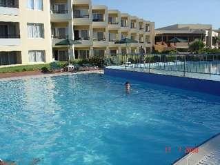 отель Apladas Beach 4*