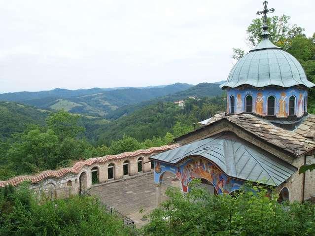 Церквушка Сокольского монастыря