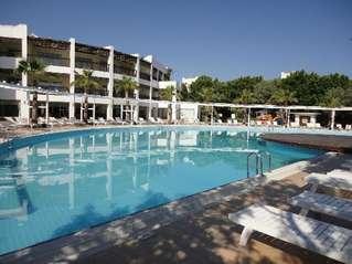 отель Latanya Bodrum Beach Resort 4*