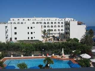 отель Evelyn Beach 3*