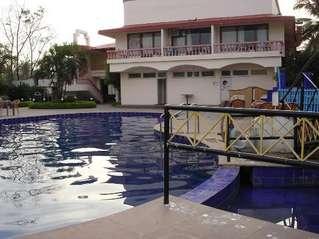 отель Bollywood Sea Queen Beach Resort 3*