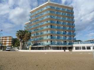отель Golden Donaire Beach 3*