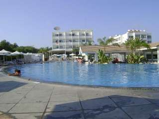 отель Christofinia 3*