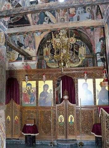Иконостас в Монастыре Святой Троицы