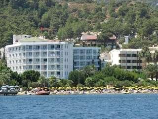 отель Tropical 4*