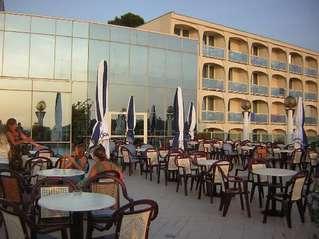 отель Laguna Gran Vista 3*