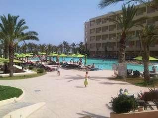 отель Rosa Beach 4*