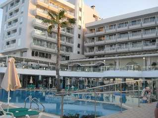 отель Sunrise Beach 4*