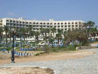 отель The Golden Coast Beach Hotel 4*