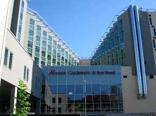 отель Meriton Conference & Spa 4*