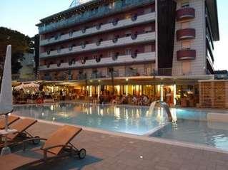 отель Cesare Augustus 4*
