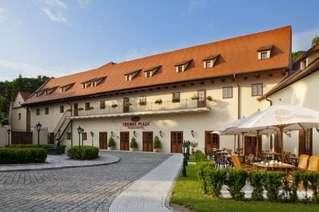 отель Lindner Hotel Prague Castle 4*