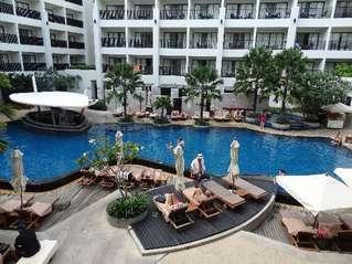 отель Mercure Phuket Deevana 4*