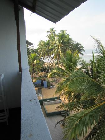 Отель Hikkaduwa Beach Hotel 2*