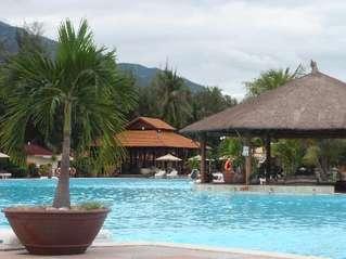 отель Diamond Bay Resort 5*