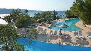 отель Ora Holiday Village 4*