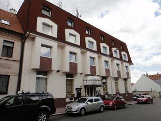 отель Henrietta 3*