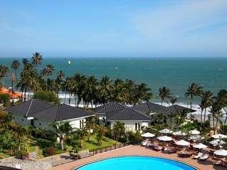отель Lotus Muine Resort & Spa 4*