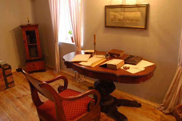 Внутренняя обстановка в музее Болдино