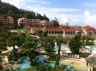 отель Centara Grand Beach Resort Phuket 5*