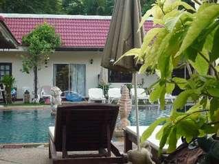 отель Baan Karon Resort 3*