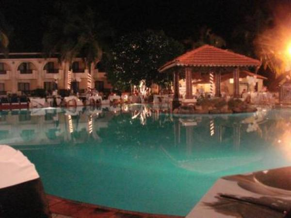 Отель Holiday Inn Resort 4*