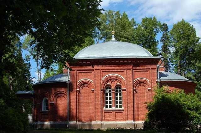 Церквушка на Игуменском кладбище