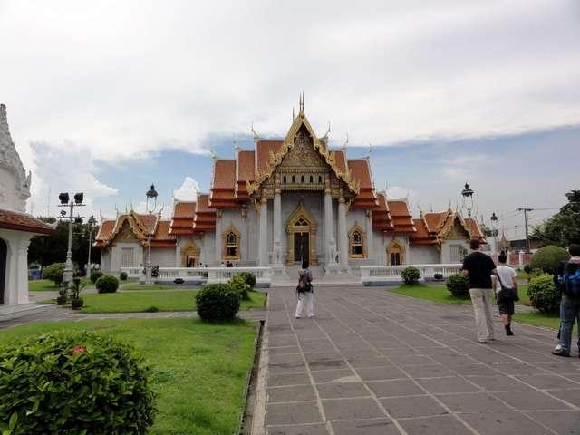 Wat Benchama Bophit - Мраморный храм