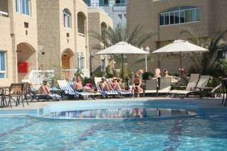 отель Verona Resort Sharjah 3*