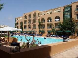 отель Alhambra Thalasso 5*