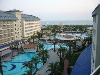 отель Crystal Admiral Resort Suites & SPA 5*