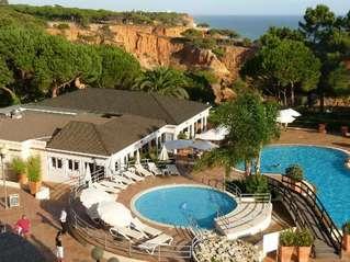отель Porto Bay Falesia 4*