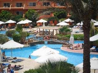 отель AA Amwaj Hotel & Resort 5*