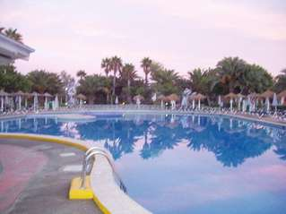 отель Fiesta Club Palm Beach 3*