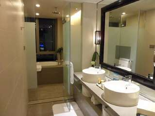 отель InterContinental Pudong Shanghai 5*
