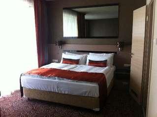 отель Azur 4*