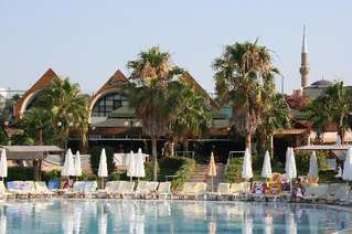 отель Incekum Beach Resort 5*