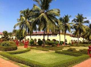 отель The Lalit Golf & Spa Resort Goa 5*