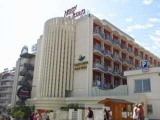 отель Gran Hotel Don Juan 3*