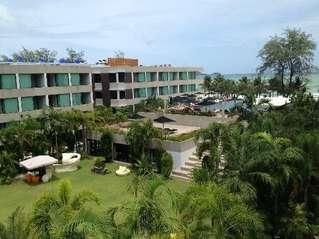 отель B-Lay Tong Phuket 4*