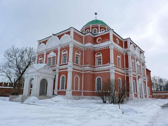 Здание Тульского оружейного музея - бывший Богоявленский собор