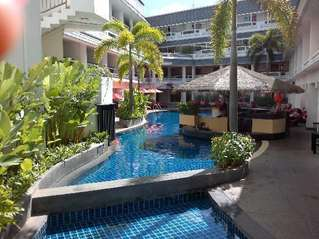 отель Destination Patong Hotel and Spa 4*