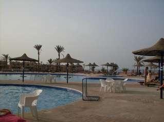 отель Carnelia 4*