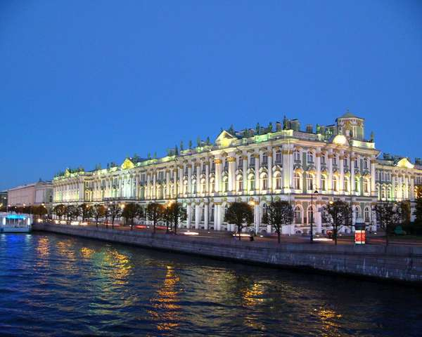 Фотографии Санкт-Петербурга: http://turtella.ru/Russia/Sankt-Peterburg/foto/p3.html