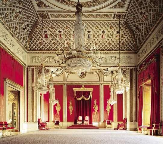 Тронный зал Букингемского дворца