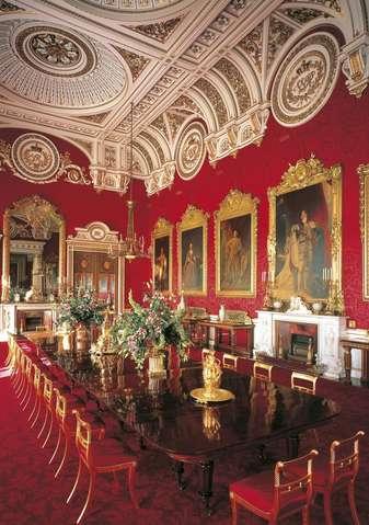 Столовая Букингемского дворца