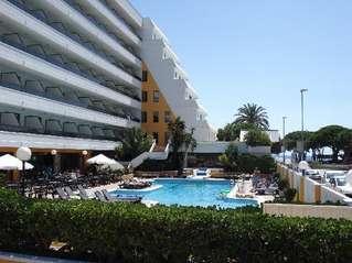 отель Tropic Park 4*