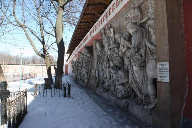 Горельефы с фасада Храма Христа Спасителя, который был взорван в 1931 году