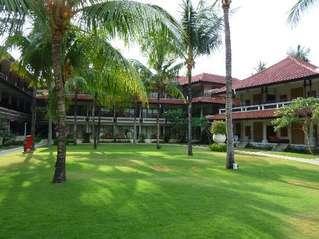 отель Holiday Inn Resort Baruna Bali 4*